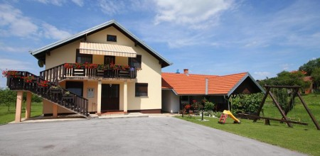Apartments Sabljak