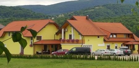 House Tina
